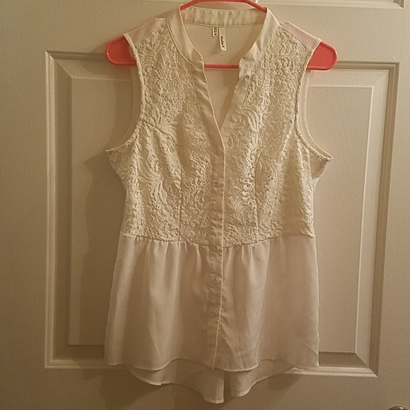 Maurices (Studio Y) Sleeveless Blouse